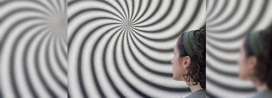 AutoHipnósis – Utiliza tus sentidos – Mundo Hipnótico #7 – Gastón Castro