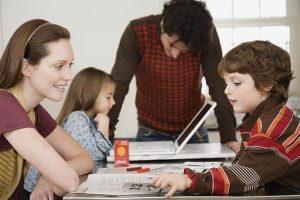 Comunicación con tus hijos - estudiando